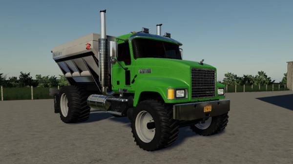 Мод грузовик Mack Pinnacle Spreader Truck v1.0 для Farming Simulator 2015